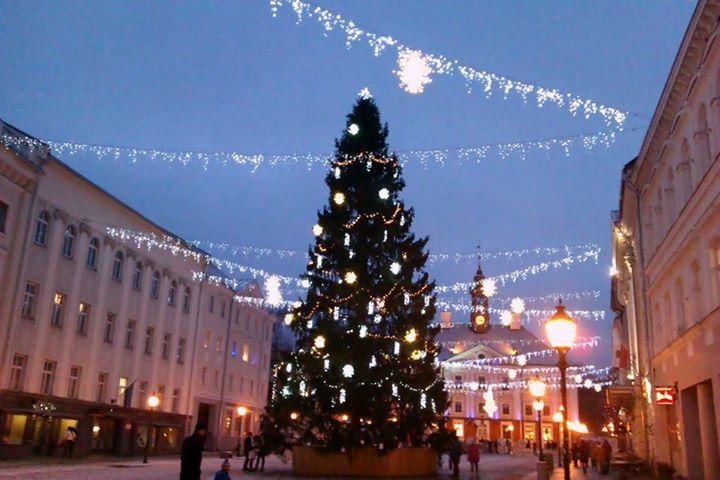 Jõulukuusk Tartu Raekoja platsil